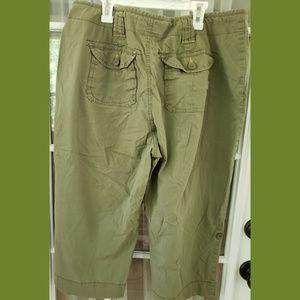 St. John's Bay Pants - Olive green wide capri pants